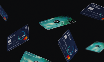 Should you use a travel card? Comparing Air NZ OneSmart vs Travelex Travel Money Card